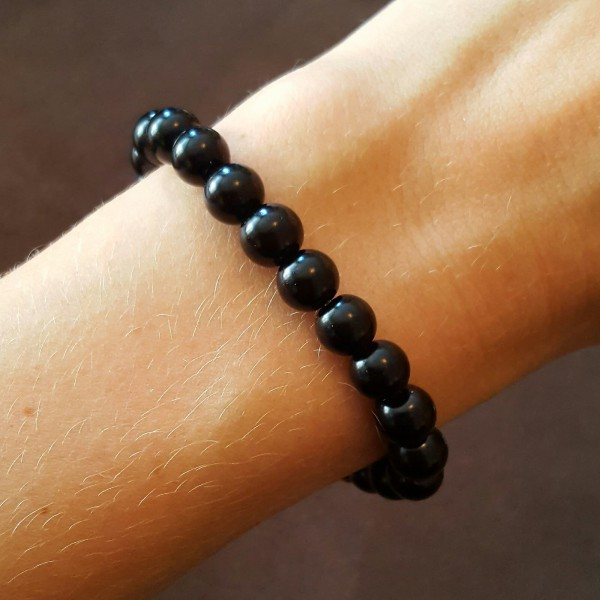 Perlenarmband-schwarz