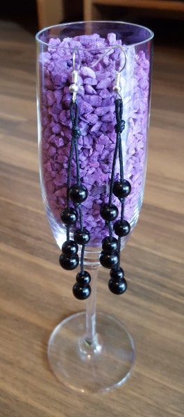 Perlen-Ohrring-schwarz
