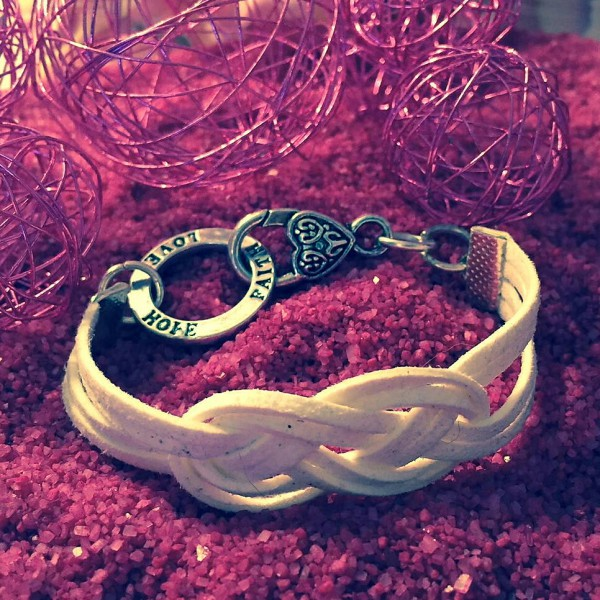 Love-Hope-Faith-Knoten-Armband
